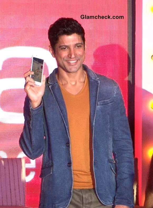 Intex Aqua i7 Smartphone launched by Farhan Akhtar in Mumbai