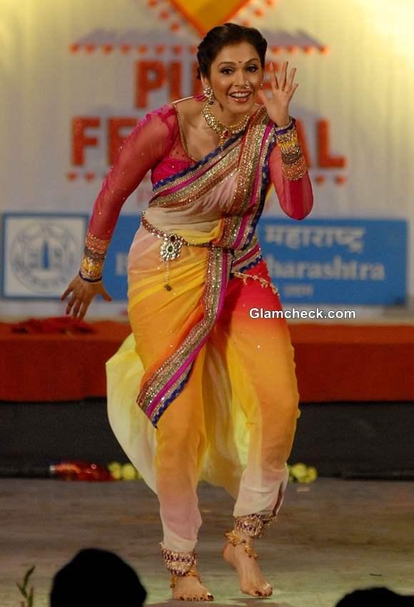 Ishaa Koppikar during the Pune festival 2013 in Pune