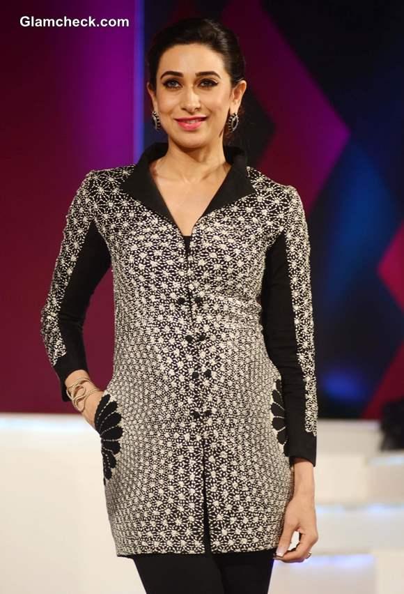 Karisma Kapoor Globoil India 2013 Awards (2)