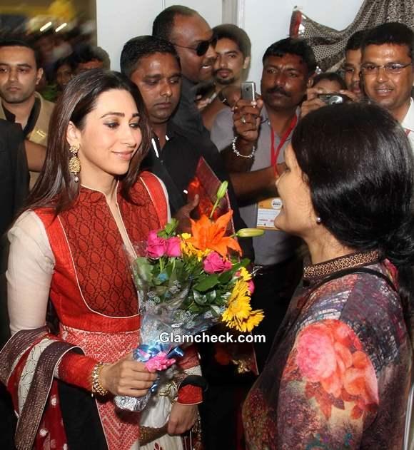 Karisma Kapoor Vibrant Vivah Wedding Festival 2013