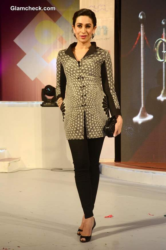 Karisma Kapoor at Globoil India 2013 Awards