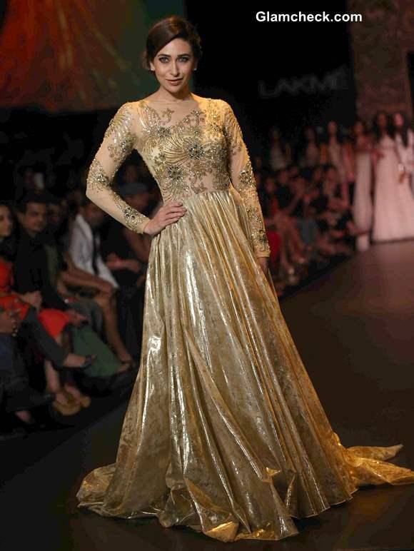 Karisma Kapoor at LFW 2013