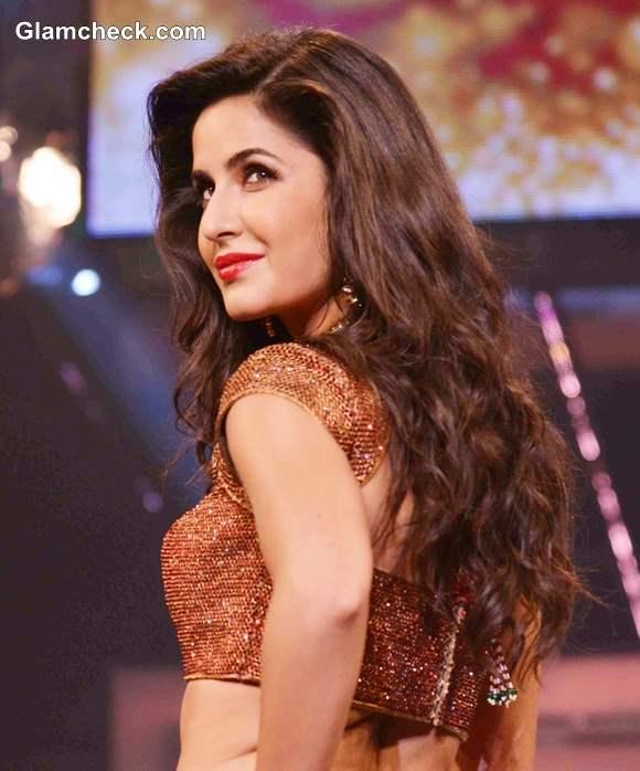Katrina Kaif in Lehenga at Yash Chopra Tribute Fashion ...