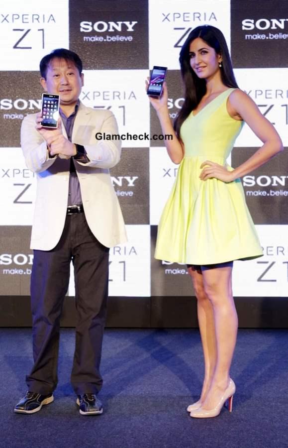 Katrina Kaif Launches Sony Xperia Z1 2013