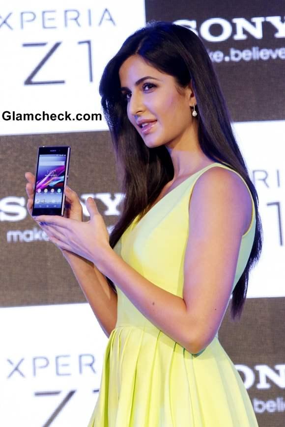 Katrina Kaif Launches Sony Xperia Z1