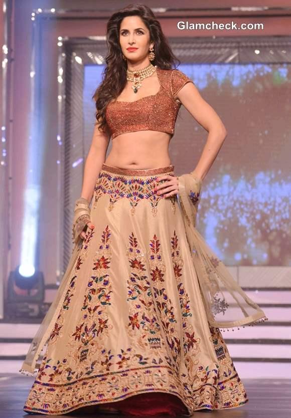 Katrina Kaif Sports Flesh-tone Lehenga at Yash Chopra Tribute Fashion Show 2013
