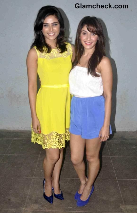Madhurima Tulli and Manjari Fadnis Cast of Warning 3D
