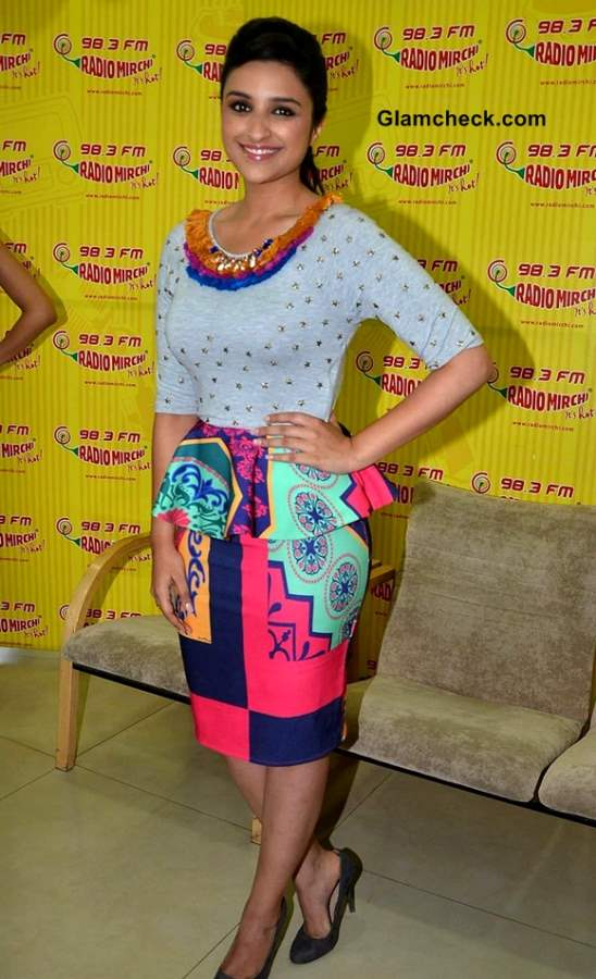 Parineeti Chopra Promote Shudh Desi Romance on Radio Mirchi