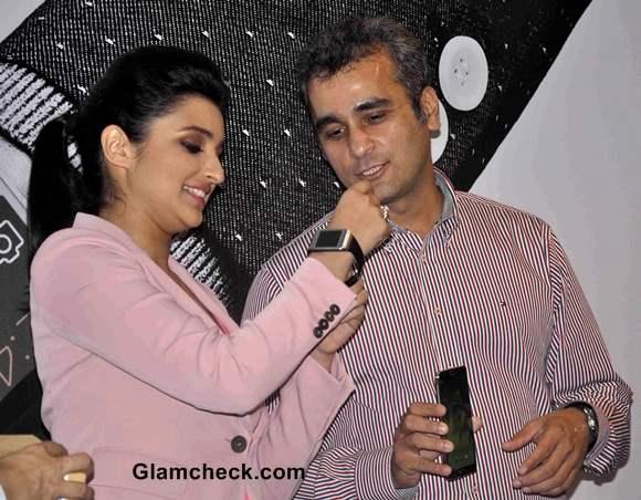 Parineeti Chopra Samsung Galaxy Note 3 Launch