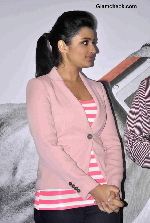 Parineeti Chopra in Pink Blazer at Samsung Galaxy Note 3 Launch