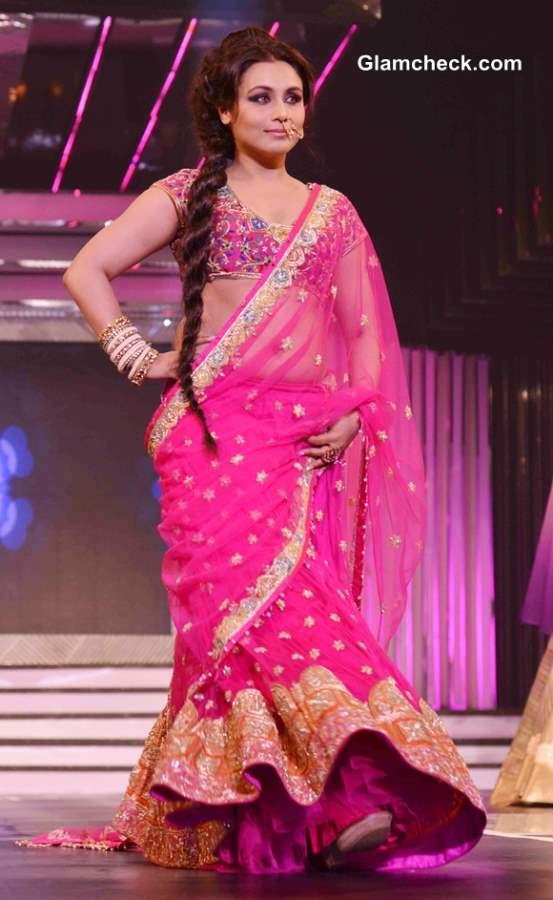 Rani Mukherjee Walks the Ramp in Pink Lehenga for Late Yash Chopra