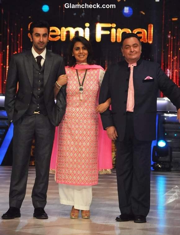 Rishi Kapoor Neetu Singh Ranbir Kapoor Promote Besharam on Jhalak Dikhlaa Jaa Season 6
