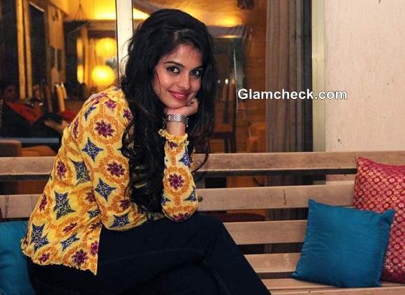 Sheena Rakht movie 2013