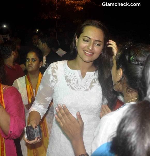 Sonakshi Sinha at actor Salman Khan residence for the immersion of Ganesha Idol