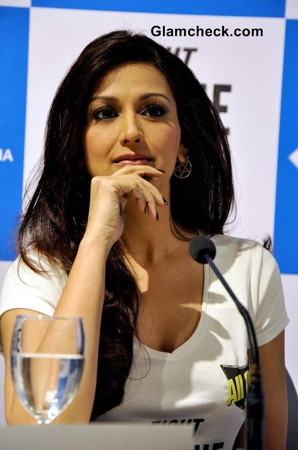 Sonali Bendre 2013 at Fight Dengue for Payal Campaign