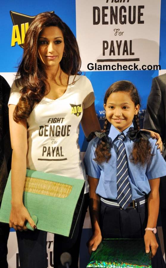 Sonali Bendre Lauds Fight Dengue for Payal Campaign