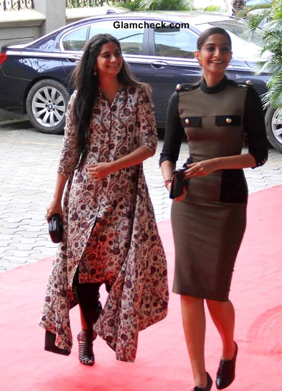 Sonam Kapoor with her sister Rhea Kapoor