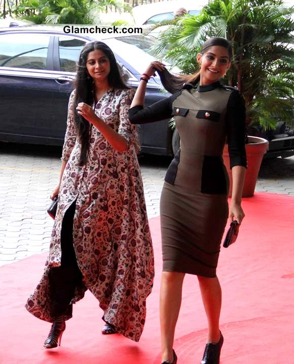 Sonam with her sister Rhea Kapoor The Fashionista Sister Duo