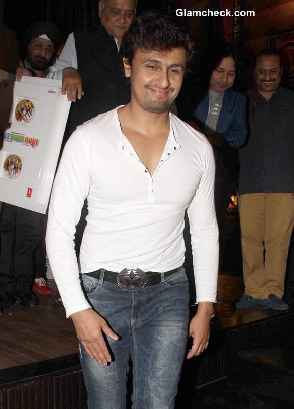 Sonu Nigam at Music release of Baat Bann Gayi in Mumbai