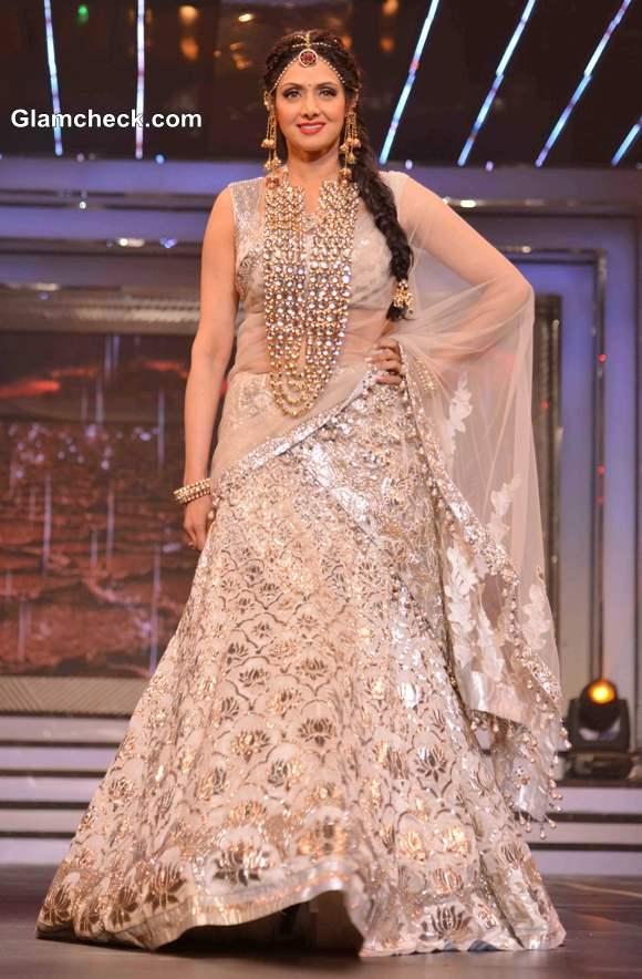 Sridevi in Lehenga at Late Yash Chopra Tribute fashion show