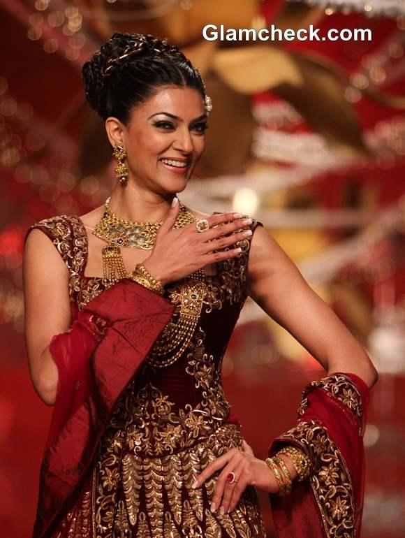 Sushmita Sen 2013 for Rohit Bal at Ambika Pillai Salon Opening