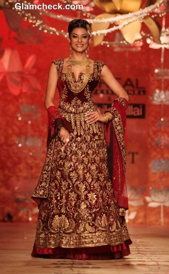 Sushmita Sen for Rohit Bal at Ambika Pillai Salon Opening 2013