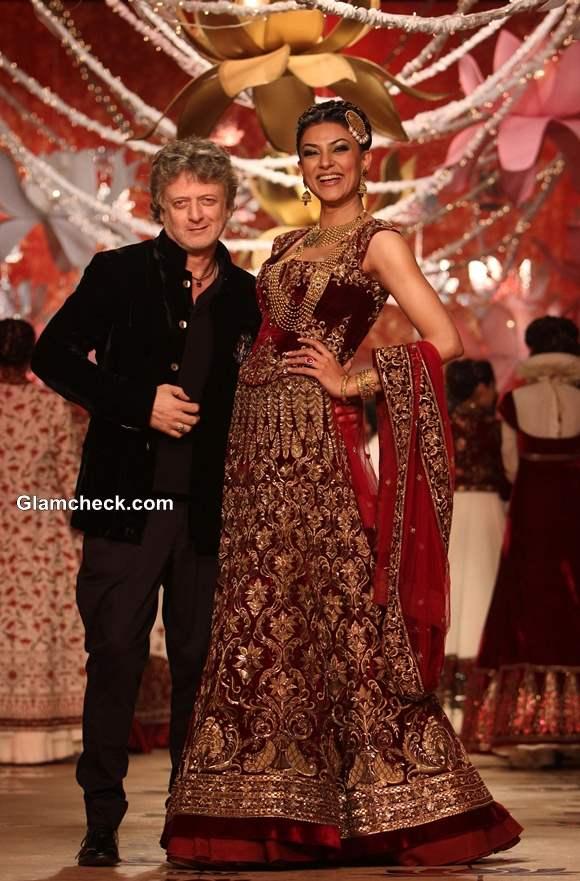 Sushmita Sen in Rohit Bal Outfit 2013 pics