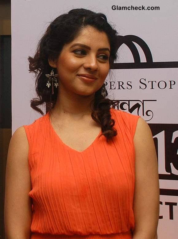 Tollywood actress Payal Sarkar 2013 pics