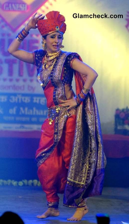 Urmila Matondkar performs during the Pune festival 2013 in Pune