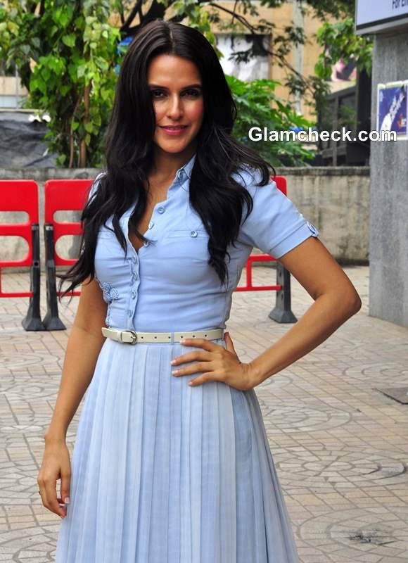 neha dupia shows how to wear a formal shirt with a maxi skirt