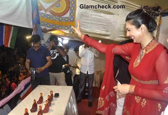 Yukta Mookhey at Ganesh Chaturthi 2013
