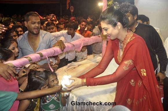 Yukta Mookhey on Final Day of Ganesh Chaturthi 2013