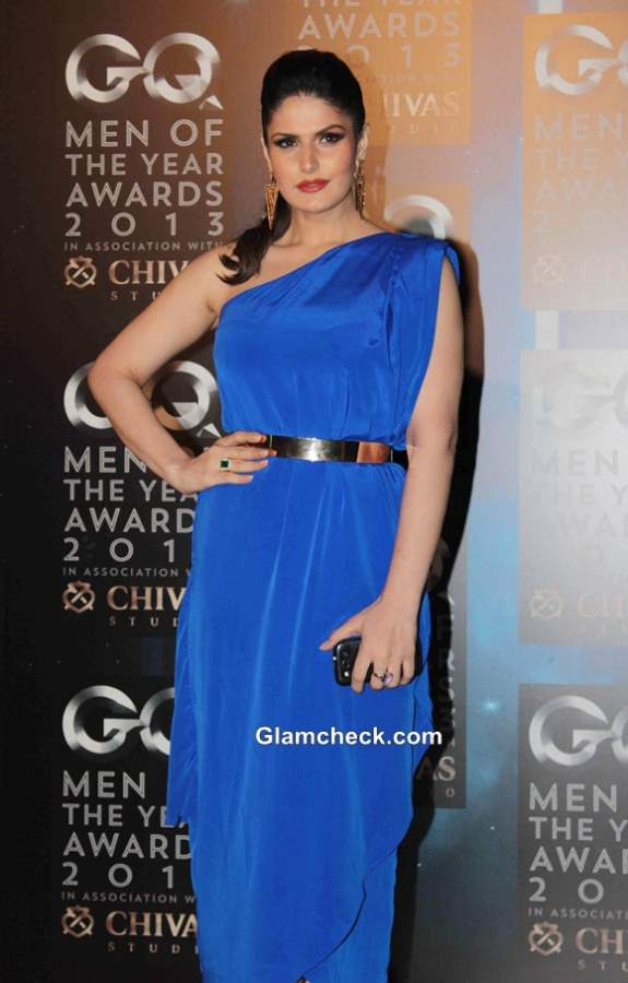 Zarine Khan in Mitali Wadhwa Blue Gown at GQ Men of the Year Awards 2013
