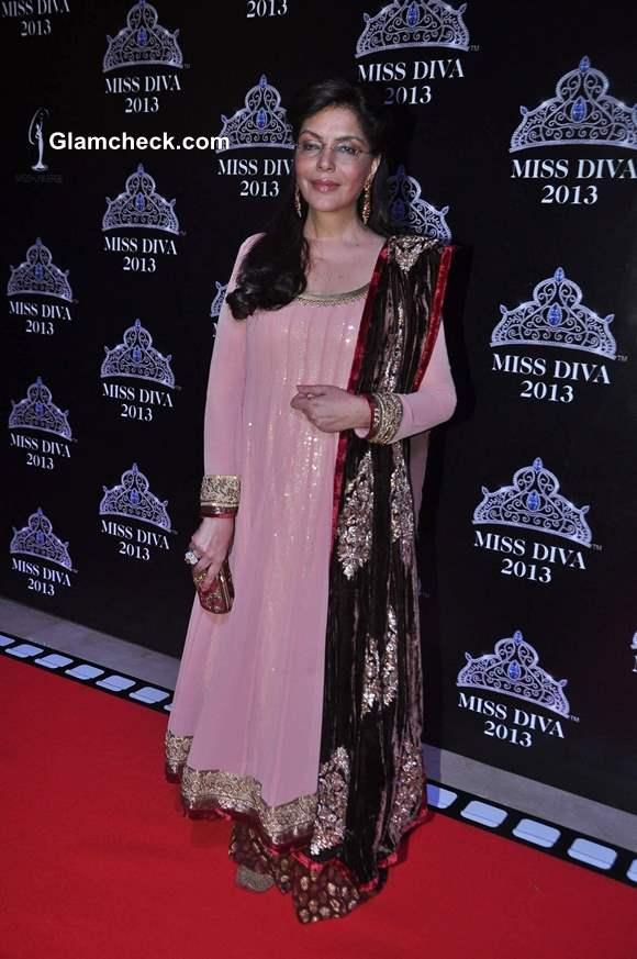 Zeenat Aman at Miss Diva 2013