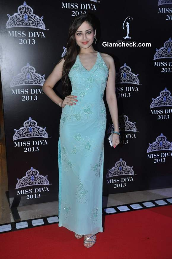 Zoya Afroz at Miss Diva 2013