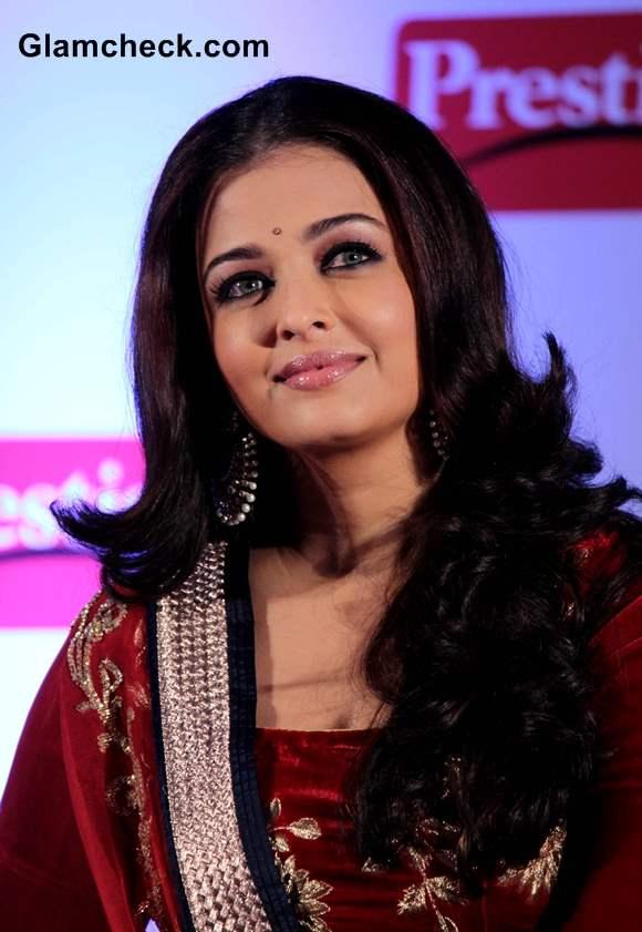 Aishwarya Rai Makeup 2013