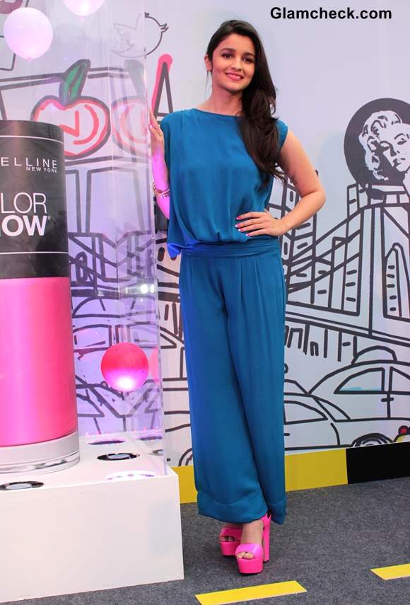Alia Bhatt Goes Blue at Maybelline Color Show