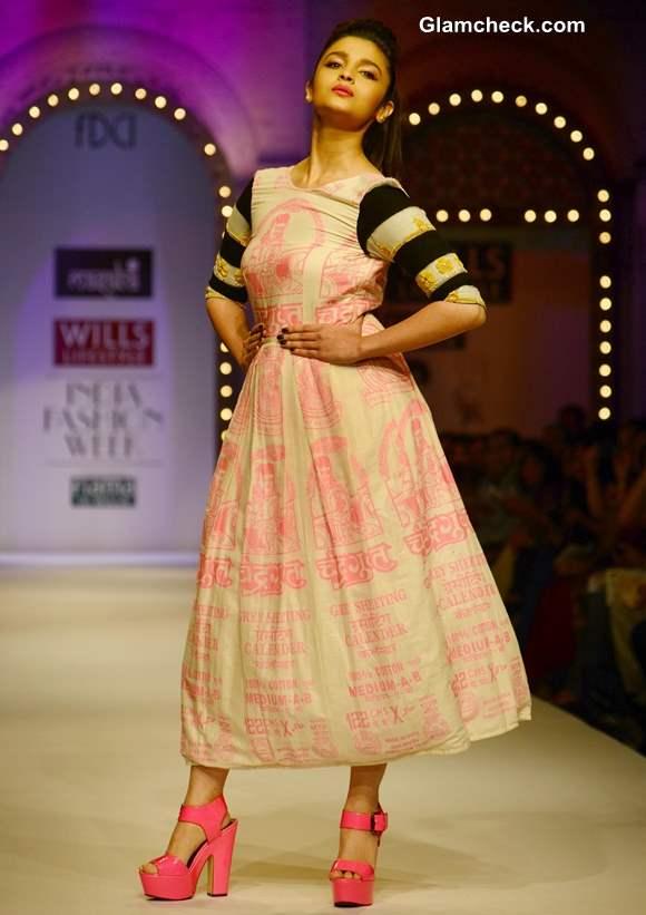 Alia Bhatt Walks for Masaba at 2013 Wills India Fashion Week