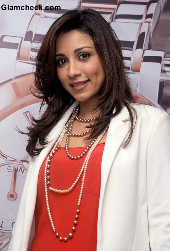 Amrita Puri Sports White Blazer at Guess and Gc Watches Event