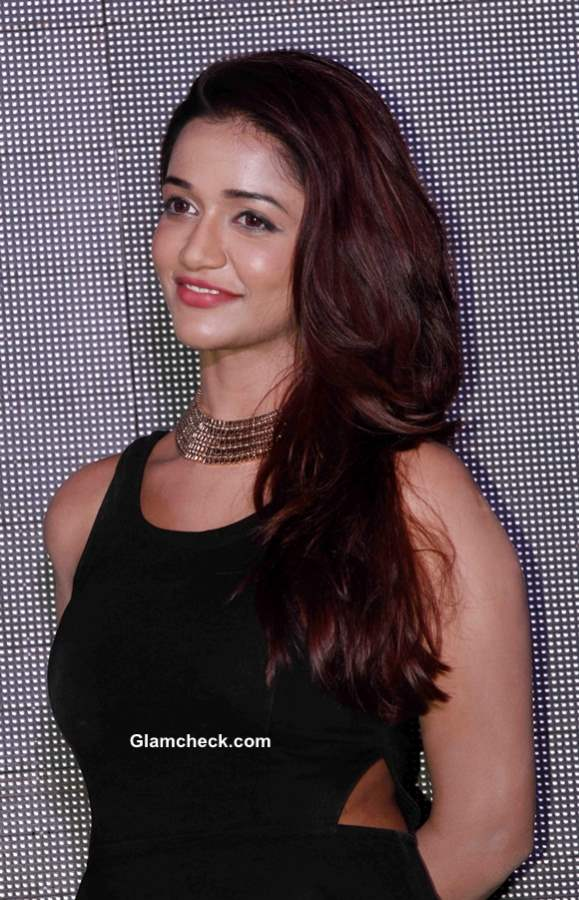 Anaika Soti Cast of Satya 2 at Theatrical Trailer Launch