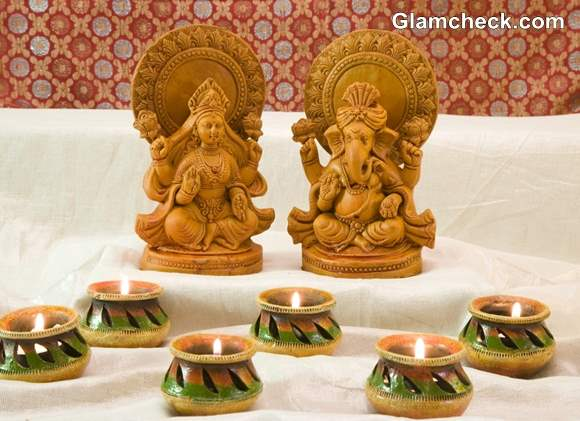 Dhanteras Shopping Lakshmi Ganesh Idols