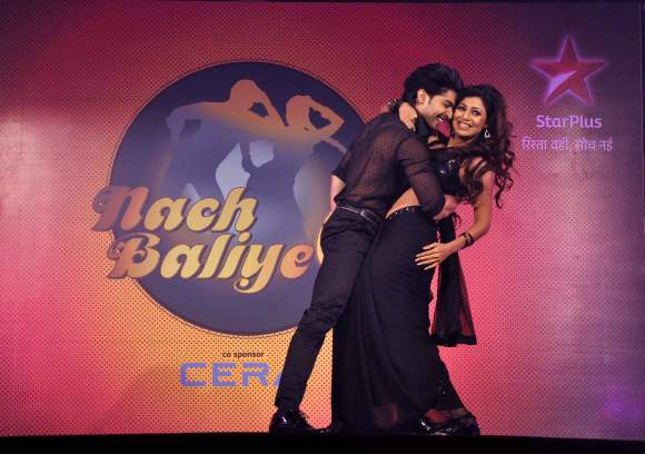 Gurmeet Choudhary and his wife Debina Bonnerjee Season 6  Nach Baliye Contestant