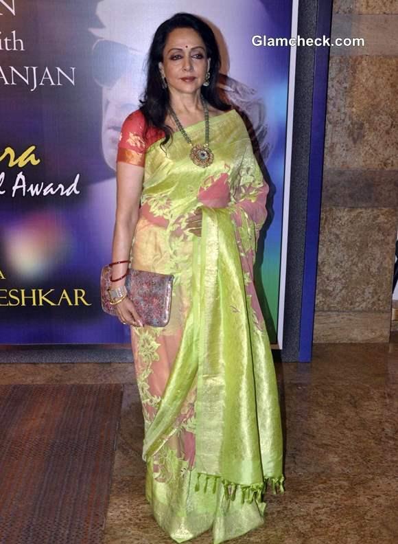 Hema Malini 2013 at Yash Chopra Memorial Award
