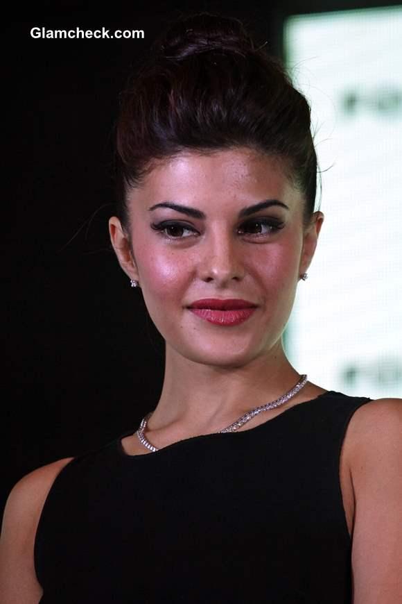 Jacqueline Fernandez makeup haristyle 2013