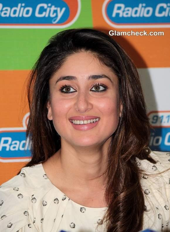 Kareena Kapoor in  Gori Tere Pyaar Mein