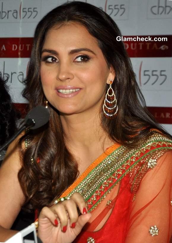 Lara Dutta Debut Bridal Collection with Chhabra 555