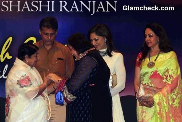 Lata Mangeshkar 2013 First Yash Chopra Memorial Award 2013