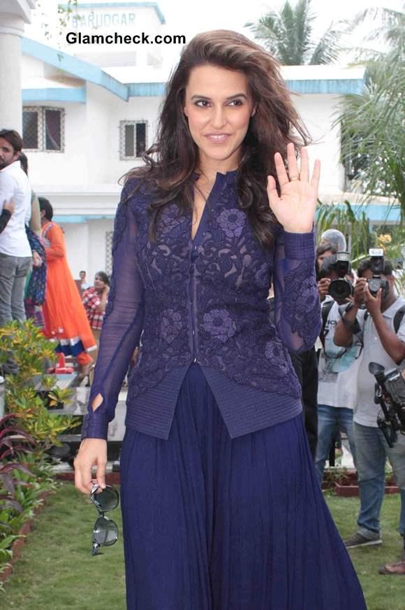 Neha Dhupia 2013 Style Visits Farmhouse at Khopoli in Mumbai