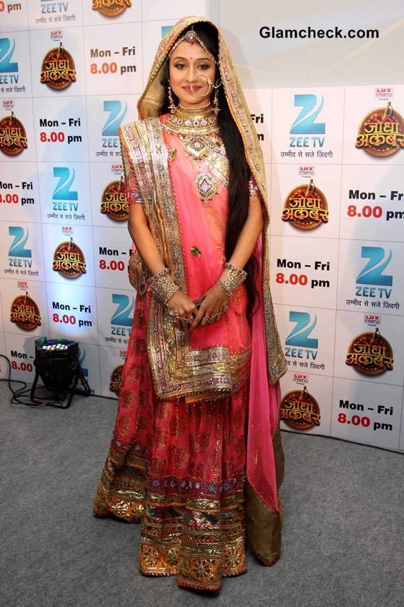 Jodha Akbar Serial Costume Designer Plandu Aishwarya role in the movie is respectful and she is almost in traditional indian wear in every pic. jodha akbar serial costume designer