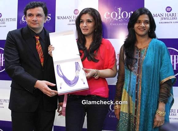 Raveena Tandon at Waman Hari Pethe Jewellers Colors Collection Launch
